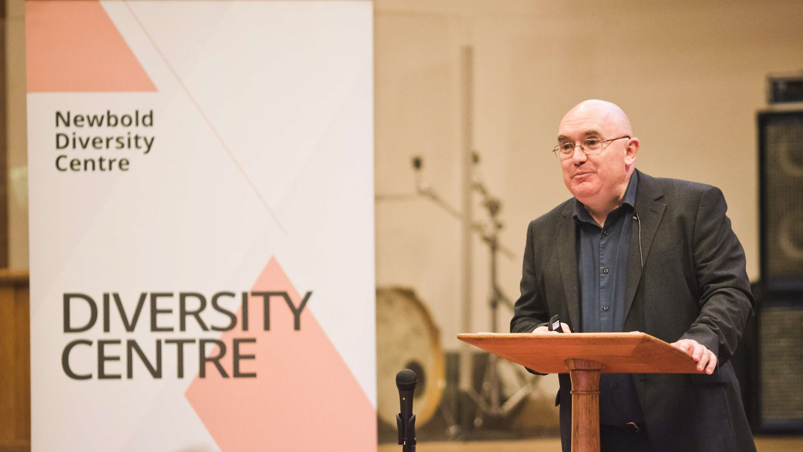 Andrew Graystone speaks at Newbold College Beach Lecture.