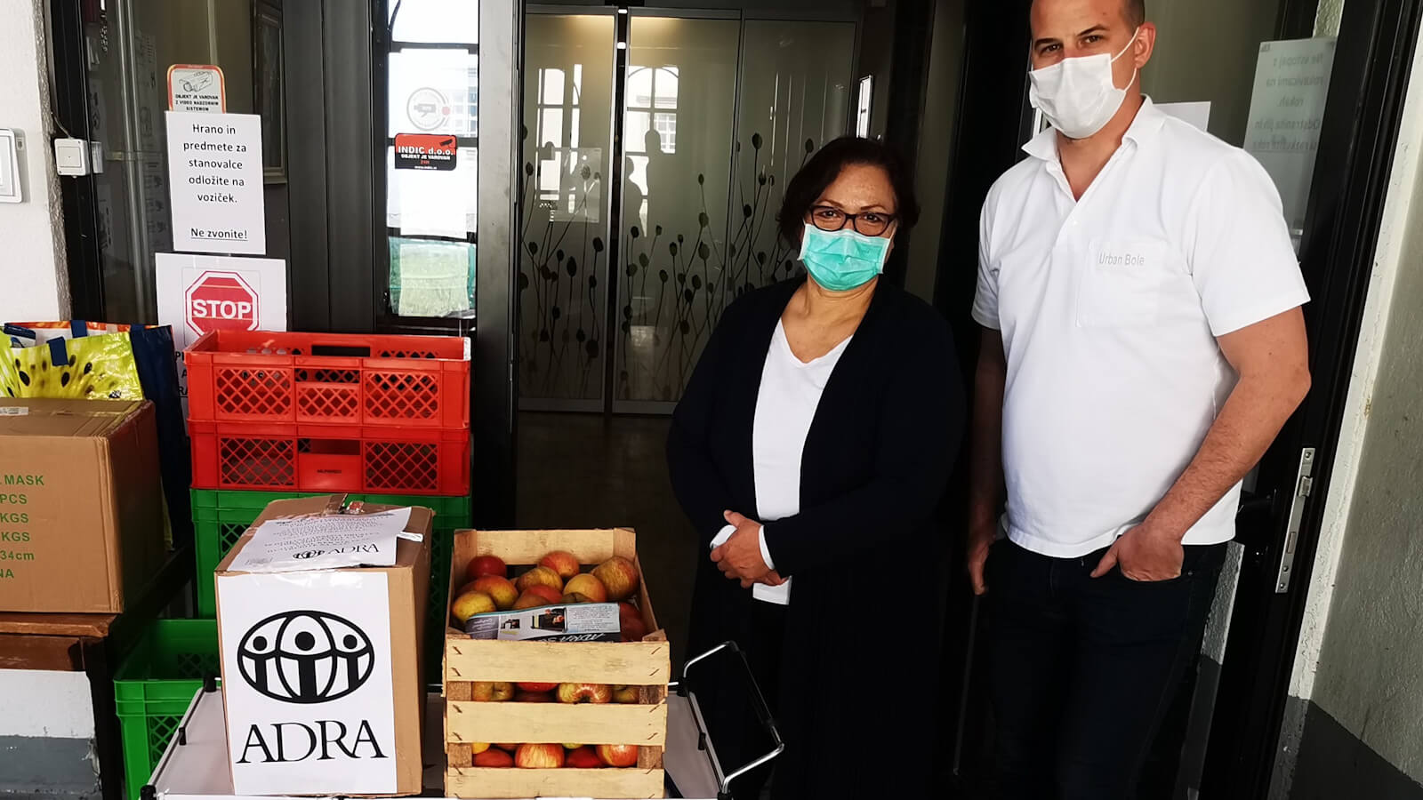 ADRA Slovenia offers healthy baskets to most vulnerable.